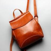 油蠟牛皮雙肩背包新款韓版時尚旅行背包大容量簡約女包