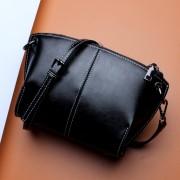 女包新款秋季時尚簡約單肩斜挎包百搭女士包包