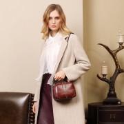 真皮女包單肩斜挎包新款時尚百搭牛皮雙層寬帶手提斜挎包