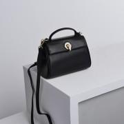 新款歐美時尚潮流頭層牛皮手提女式包單肩真皮斜挎鎖扣包