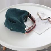 秋冬新款ins爆款 小眾設計鹿皮絨牛皮六邊型水桶包手拎包女包